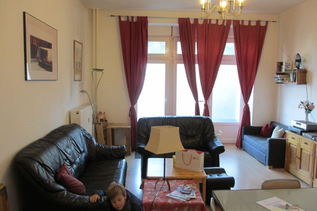 erdgeschoss wohnung neuk lln kreuzberg wohnungen zur miete in berlin berlin deutschland. Black Bedroom Furniture Sets. Home Design Ideas