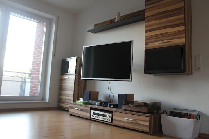 Cozy 2 Rooms Apt in Gütersloh - Gütersloh - Apartment