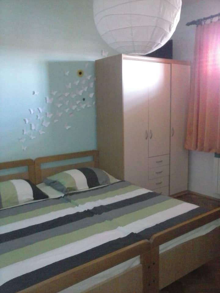 ROOMS MARE