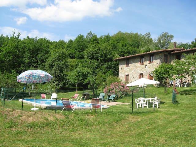 Cottage for 14/18 with pool, garden - Fiattone - Villa