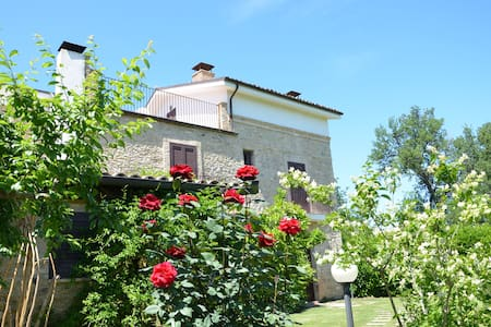 Charming Country Villa - Poggiofiorito