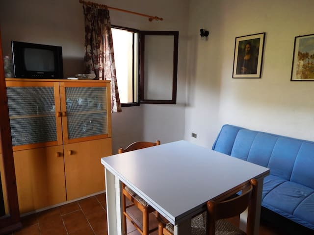 Mono Istana: studio apartment near the beach - Porto Istana - Pis