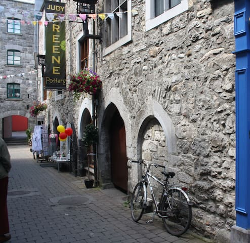 Kirwans Lane, Galway City Centre - Galway - Appartement