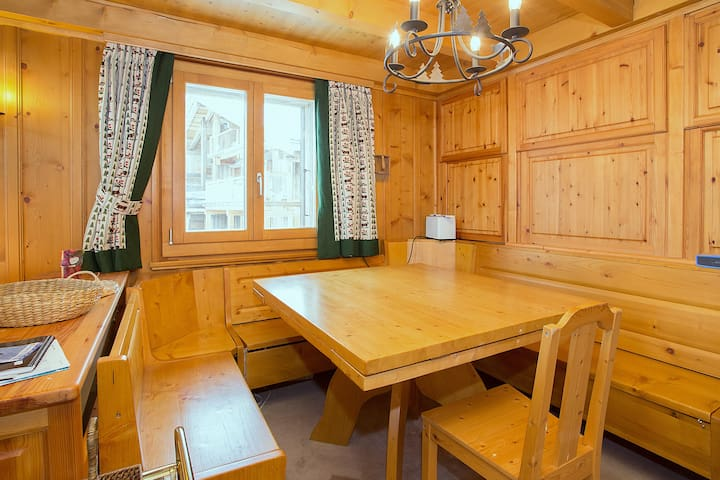 Dining area with extendable table.