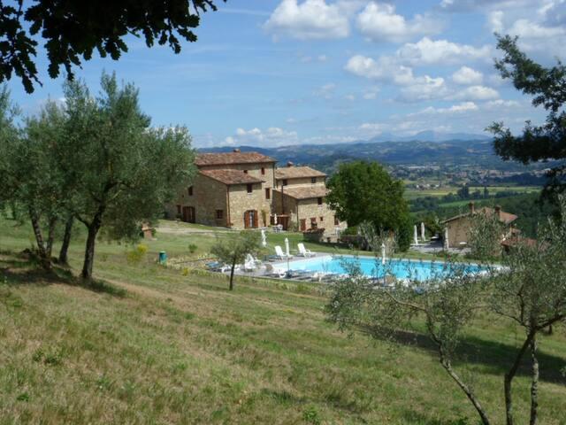 Vacanza natura relax cibo genuino - Lugnano - House
