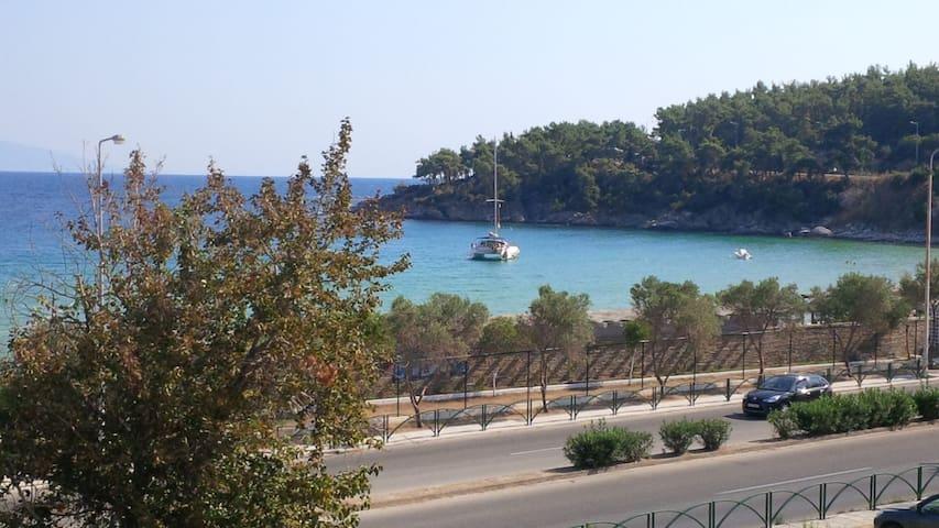 Thalia PremiumApartment seaview,right on the beach