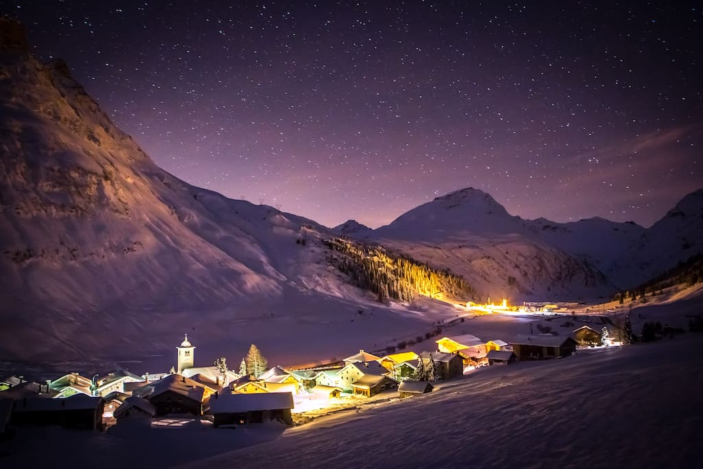 "Hinterrhein, midnight-photo, in the middle the ""Marscholhorn"" and San Bernardino-Pass"