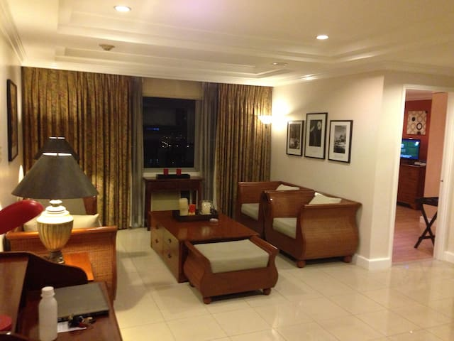ASTORIA PLAZA RESIDENTIAL SUITE - Pasig - Pis