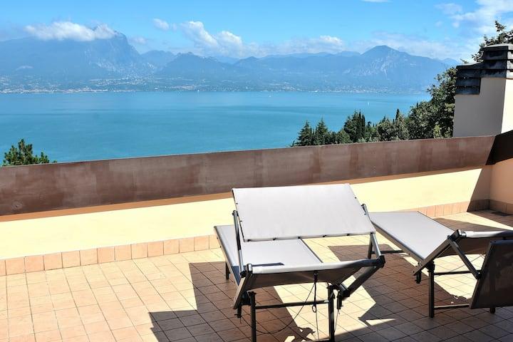 Cà Brancolì With Lake View