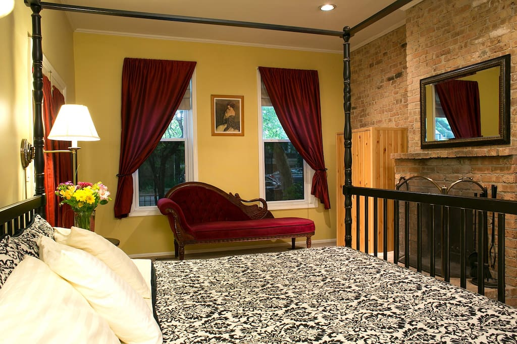 The Wicker Park room with king size bed, private bath and wood-burning fireplace