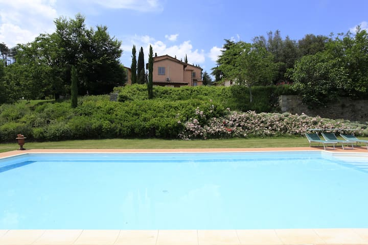 Villa Montanina - relax in Toscana - Pieve A Socana - Appartement