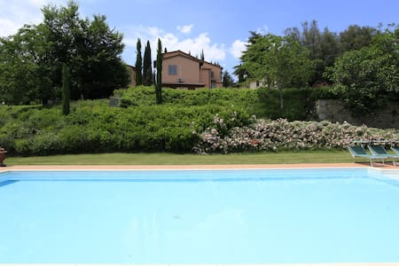 Villa Montanina - relax in Toscana - Pieve A Socana - Daire