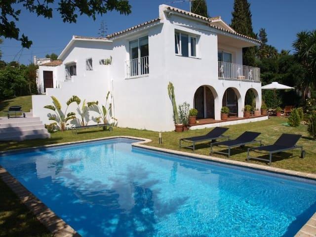 Luxury boutique villa for rent - Marbella - House