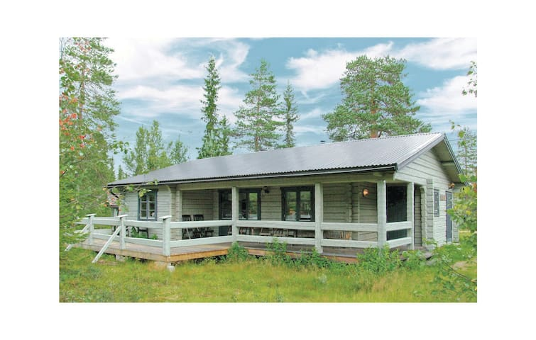 Holiday cottage with 3 bedrooms on 77m² in Sälen