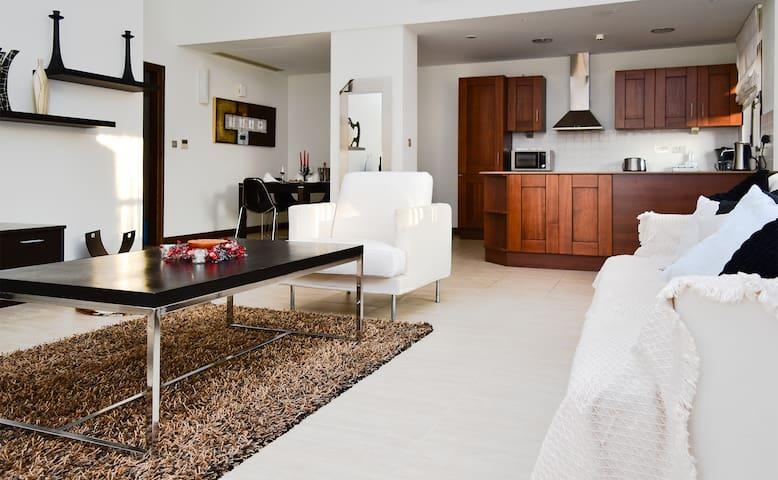 L02 - Apollo Heights Apartment, 2 Bedrooms - Kouklia - อพาร์ทเมนท์