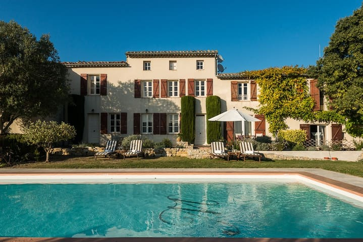 Luxury Boutique B&B near Carcassonne - Roullens - Inap sarapan