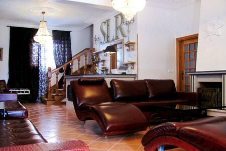 7 RoomsLuxuryResidence in Villa 5☆☆☆☆☆ 20-30Guests - Meia-Légua