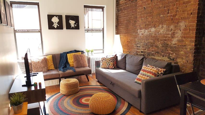 BEST location beautiful 1BR apartment in Manhattan