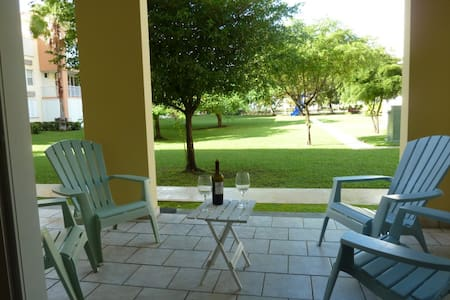 Enchanting and Steps Away from the Beach and Pool - Loíza - Appartamento