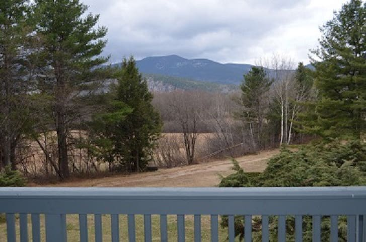 VIews North Conway, Two level condo