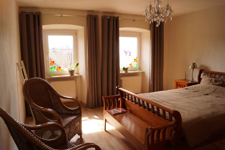 Charming simplicity is our motto! - Schwirzheim - Bed & Breakfast