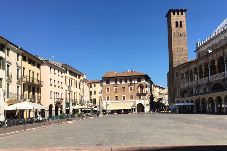 Piazza della Frutta Padova Centro Storico