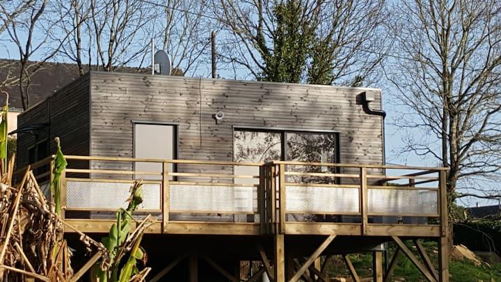 maison sur pilotis dans la campagne vannetaise