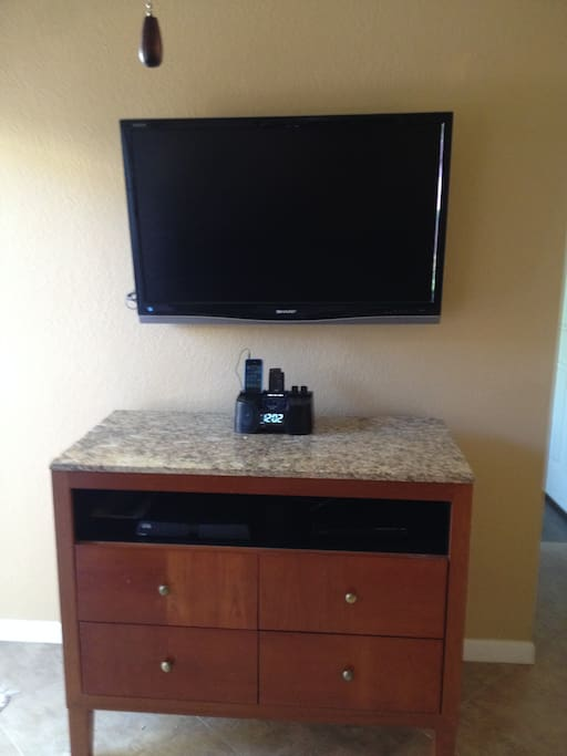 "40"" TV With DVD"