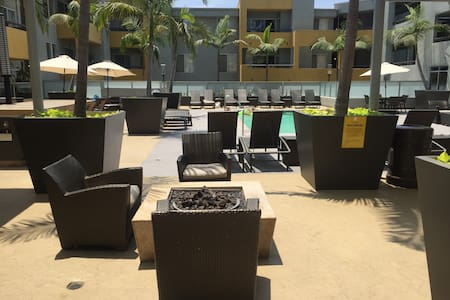 Modern, Clean Apartment in prime West Hollywood! - West Hollywood - Apartament