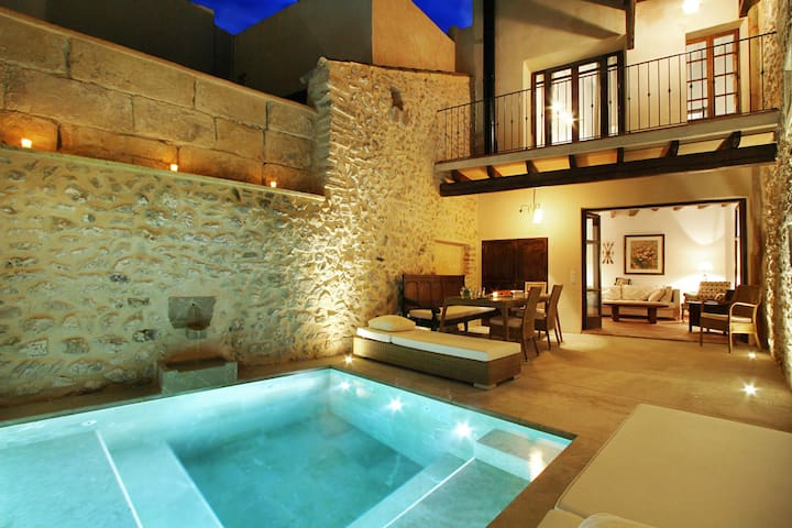 Mallorca One is a Unique Mallorcan townhouse in the heart of Pollensa with patio and pool