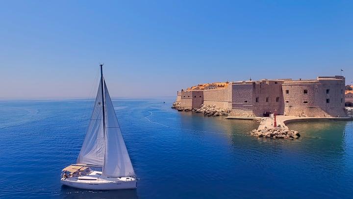 Dubrovnik Luxury Sailing Experience