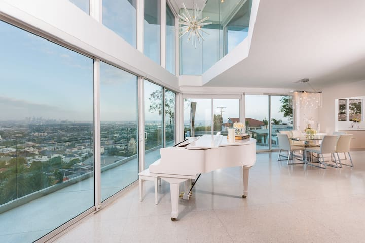 Hollywood Hills Gem & Amazing Views