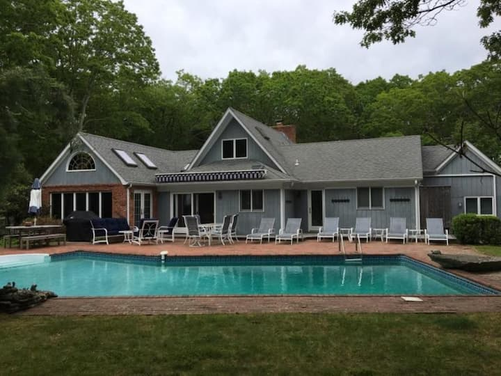 Family Friendly Home in East Hampton