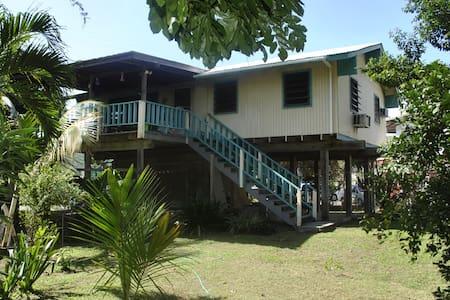Spacious 2 BR with private balcony - Culebra