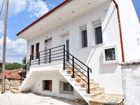 Stavroulas House 1