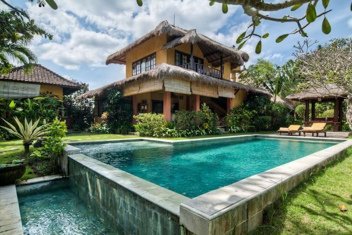 Villa 3 bedrooms, Umalas, Bali
