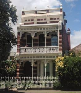 Grand Victorian  - Ev