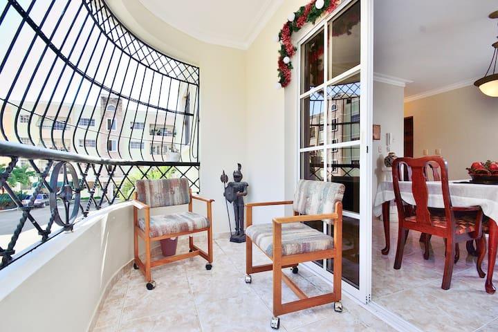 Comfy & Beautiful 2 BD Apt w/WIFI - Santiago de los Caballeros - Lägenhet
