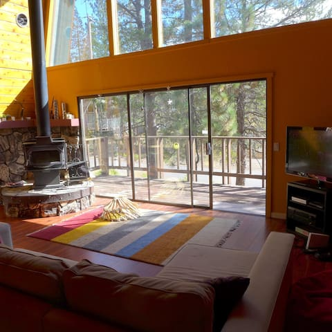 Charming A-Frame House in Tahoe - Truckee - Huis