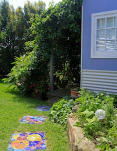 Your own get-away in a lush garden - Huskisson - Cabin