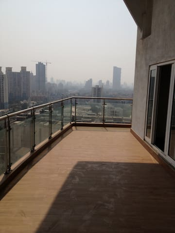 Spacious room with a great view - Mumbai - Appartamento