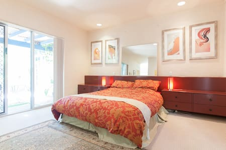Peaceful, resort style, luxury spa health retreat - Wanneroo