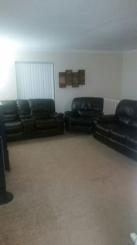 Cozy 2BR/2BATH....very spacious!!! - Houston - Huoneisto