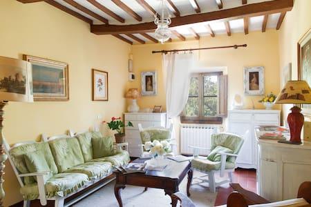 Camera Matrimoniale in Bed & Breakfast - Scarperia e San Piero