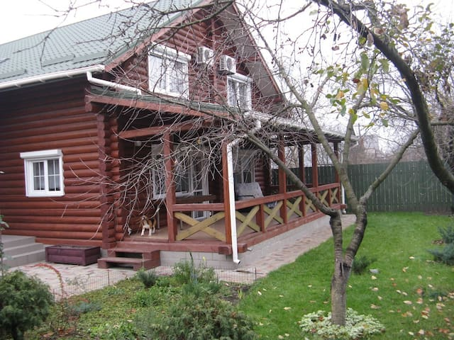Номера в доме из бруса - Kirovs'ke - House