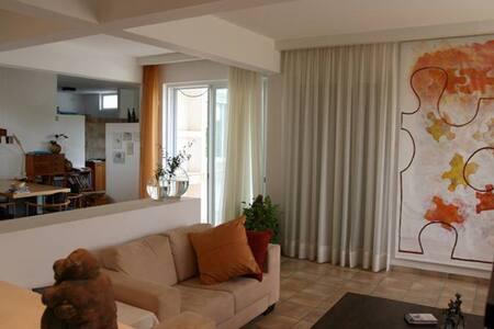 Nilly's - Private  Romantic Villa - Kfar Vradim - Casa