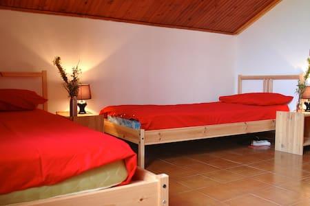 nuova stanza a quattro letti - Monreale