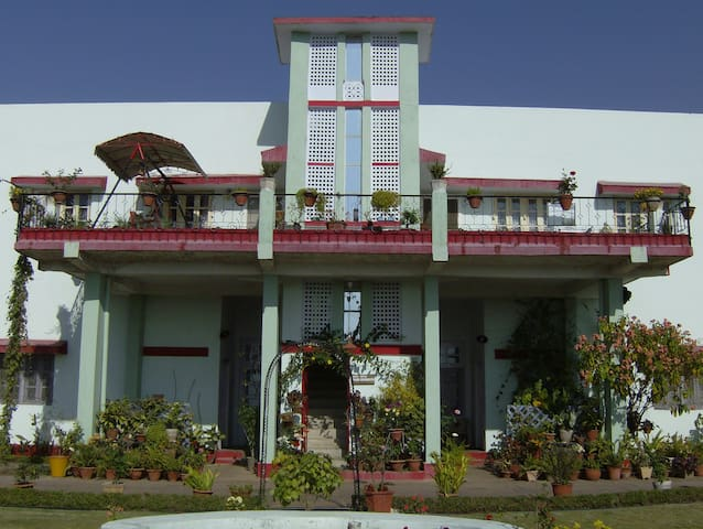 Jheelam Homestay