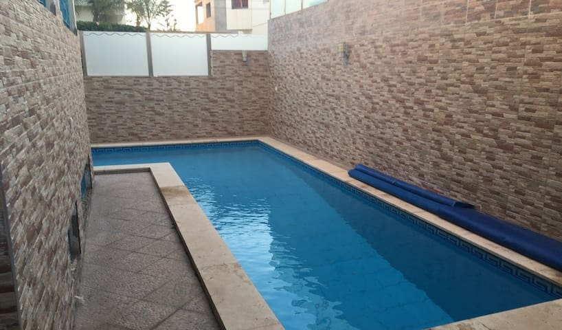 Stylish 6 bedroom Villa with swimming pool A1052