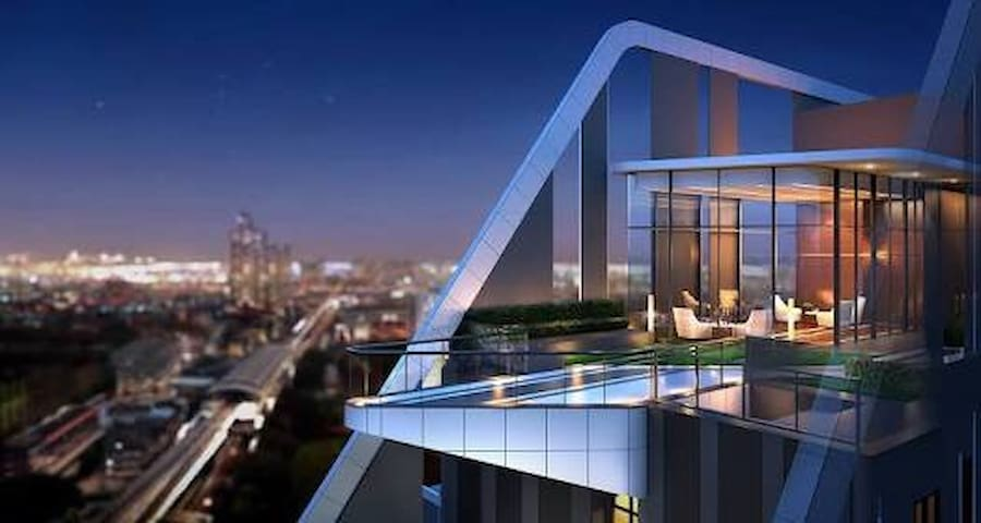 New Condo near Bitec Bangna& bts direct to city#A2